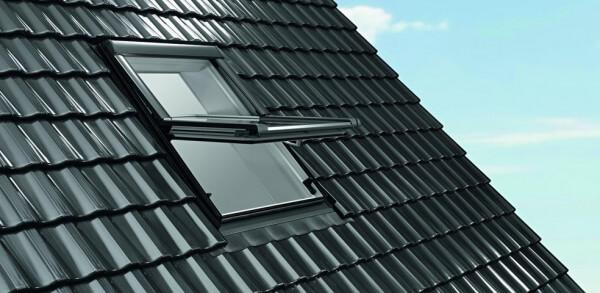 Roto Designo R6 Quadro Schwingfenster aus Kunststoff