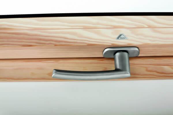 Roto Griff für Baureihe 62 / 84 Holz in titan eloxiert