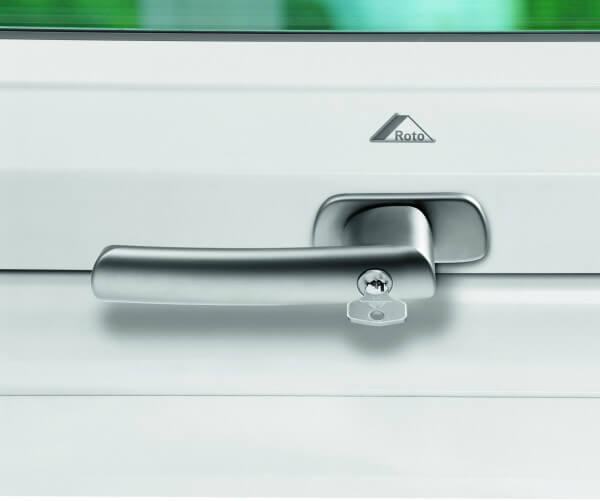Roto Designo Abschliessbarer Griff R6 / R8 für Kunststofffenster