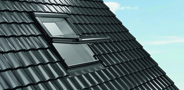 Roto Designo R6 Quadro Schwingfenster aus Holz