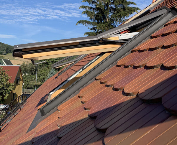 Roto Top-Schwingfenster 735 aus Holz  Natur 06/14